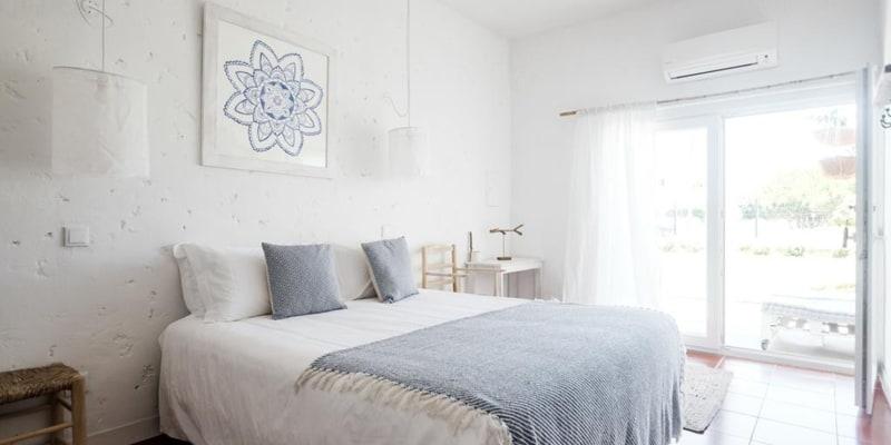 Utopia Guest House - Aljezur   Estadia de 1 ou 2 Noites Junto à Praia