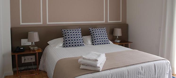 Hotel Farol - Aveiro | 1 ou 2 Noites Junto à Praia da Barra!