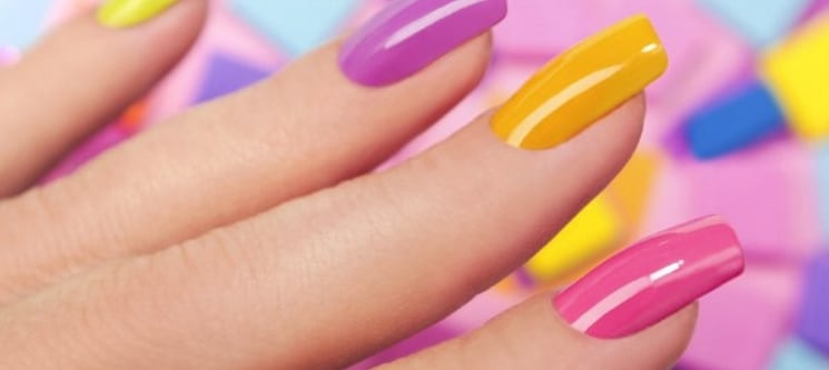 Pela Sua Beleza: Manicure + Aplicação de Gelinho ou Gel   Belas ou Carnide