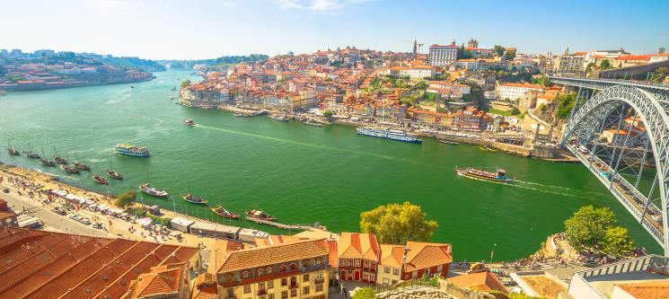 Charming House Marquês - Porto | 1 a 3 Noites c/ Opção de Cruzeiro no Douro + Prova de Vinhos