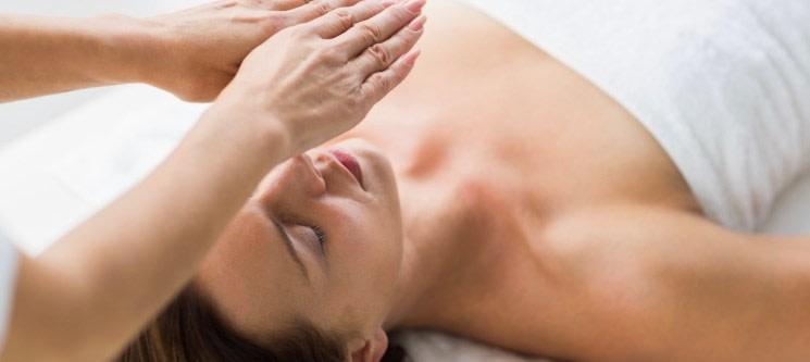 Reiki + Massagem Relax Corpo Inteiro em Marquesa Aquecida + Ritual de Chá | 1h | Rio Tinto