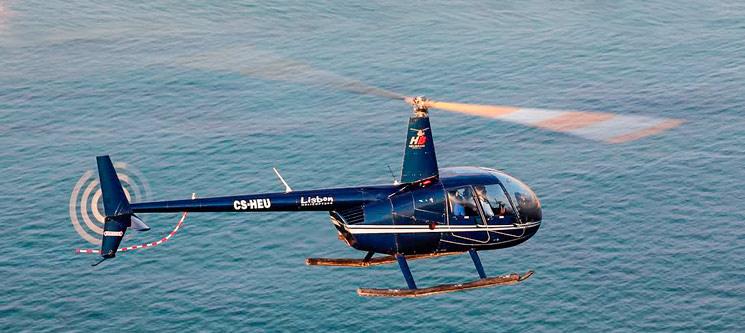 Fantástico Voo de Helicóptero Sobre o Tejo | 8 Minutos | Lisbon Sky