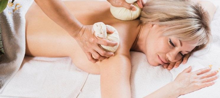 Escolha a Massagem! Pindas ou Bambu   50 Minutos   Coimbra