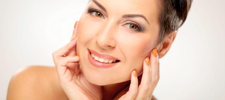 Livre-se das Manchas da Face! Limpeza de Pele & Fotorejuvenescimento mesoestetic®   Lumiar