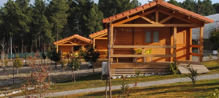 NaturWaterPark - Vila Real | 1 ou 2 Noites em Bungalow
