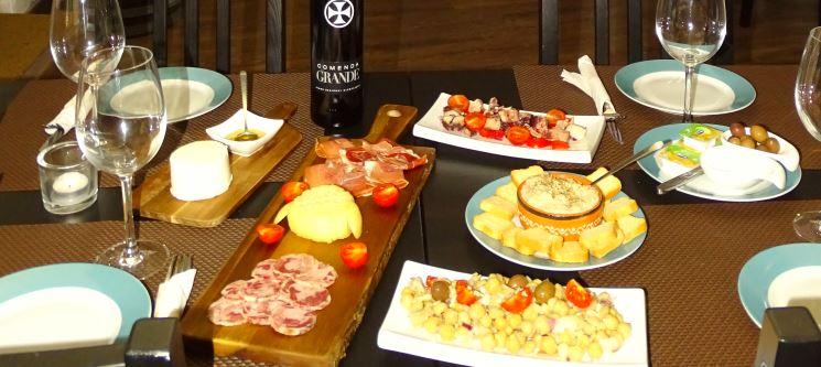 Fantásticos Petiscos para Dois no Vinarium Wine & Tapas | Évora