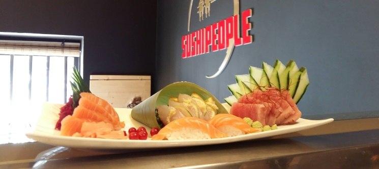 40 Peças Jantar Romântico de Sushi | Sushi People - Alcântara