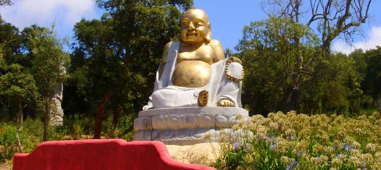 Hotel Rural A Coutada - Peniche | Noite com Visita ao Jardim Buddha Eden