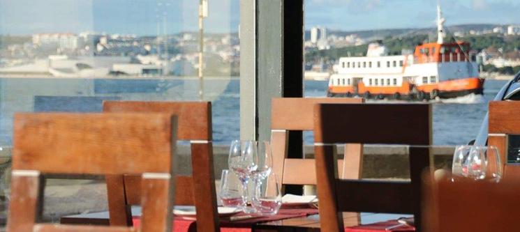 Jantar Completo para Dois! Sossega Restaurante & Tapas - Costa da Caparica