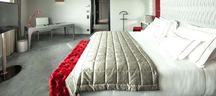 Experiência VIP | Myriad by SANA Hotels - Noite Romântica na Suite Presidencial c/ Jantar e Massagem