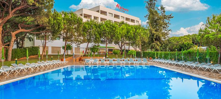 Alpinus Algarve Hotel 4* | Férias em Família c/ Tudo Incluído Junto ao Mar