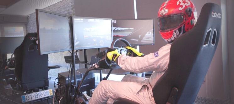 Sinta a Adrenalina! Experiência GT no Autódromo Virtual de Braga | 1h