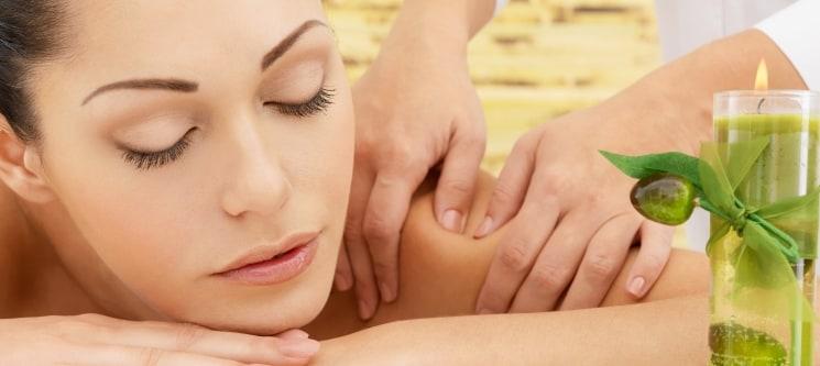 Massagem & Mini Facial com Spirulina | 50 Minutos | Clínica Suta Lisboa