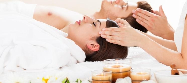 Massagem Relax & Romance c/ Ritual de Chá & Chocolates | 1 Hora | Av. 5 de Outubro