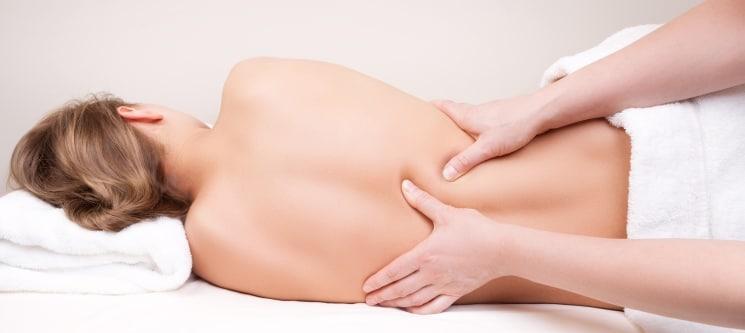 Massagem Terapêutica ou Desportiva | 30 Minutos | Alameda