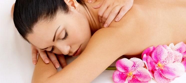 O Seu Miminho! 9 Massagens - Escolha a Sua! Free Spirit Centers na Parede