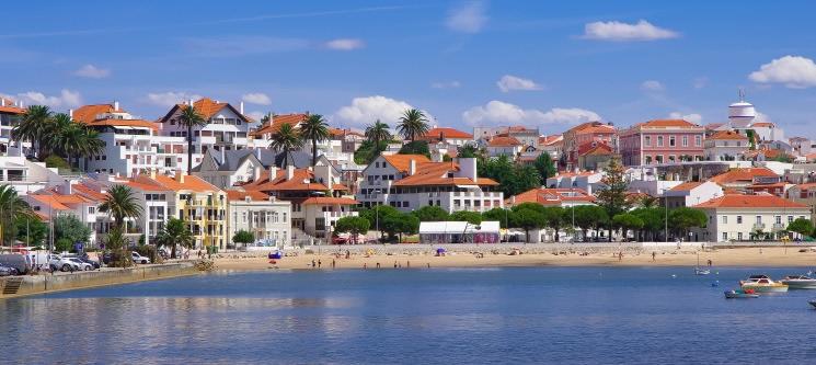 Hotel Concha - S. Martinho do Porto | 1 ou 2 Noites Românicas Junto à Praia