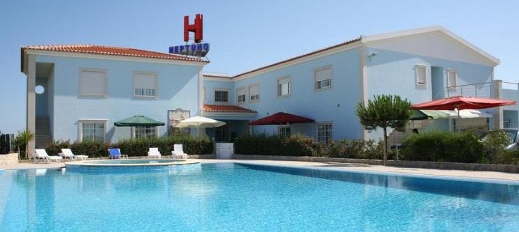 Hotel Neptuno - Peniche | Noite e 2 Entradas no Buddha Eden Garden