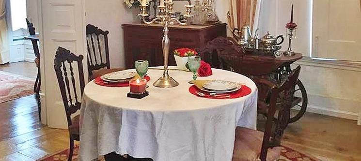 Jantar Romântico em Salão Apalaçado do Século XIX + Opção de Passeio a Cavalo a Dois | Alenquer