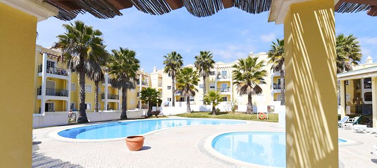 Praia da Lota Resort Apartments - Manta Rota | 2 Noites em T1 até 4 pessoas