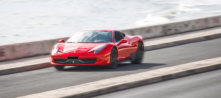 Luxury Driving Experience em Ferrari 458 ou Lamborghini Gallardo | 1h10