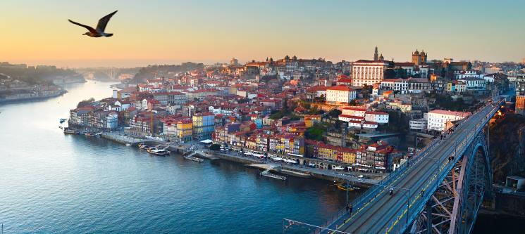 Cruzeiro das 6 Pontes para Dois + Opção Lanche | Uma Experiência Única no Porto!