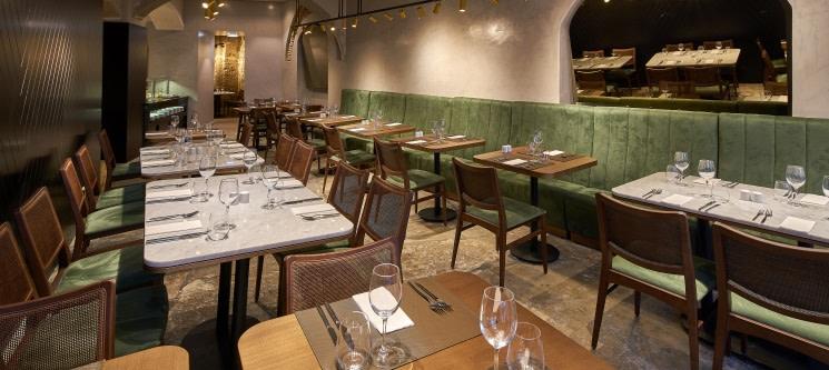 Jantar Buffet Completo + Bebidas para Dois no Restaurante O Poço | Baixa de Lisboa