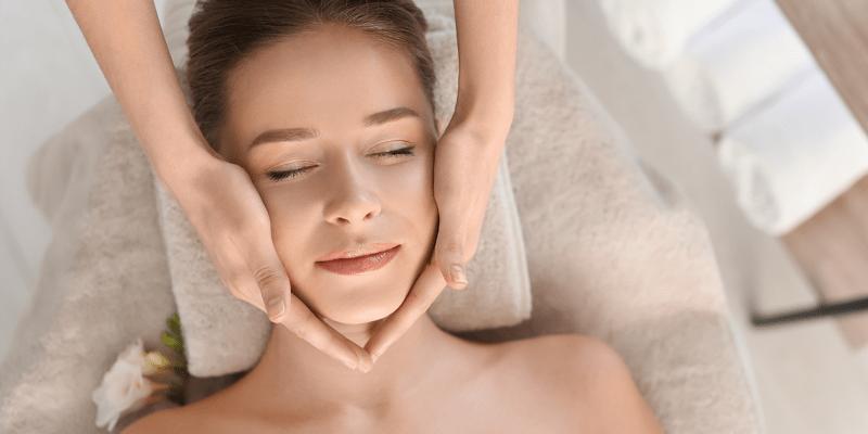 1 ou 2 Sessões de Estética Facial para Rejuvenescer o Rosto   Alvalade