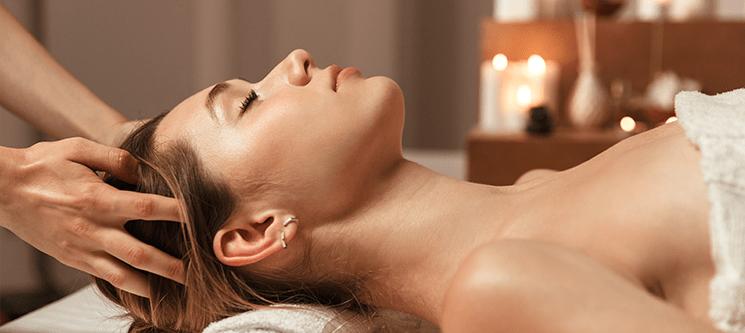 Zen Moment! Massagem Relax 30 ou Pedras Quentes 50   Dello Clinique - Laranjeiras