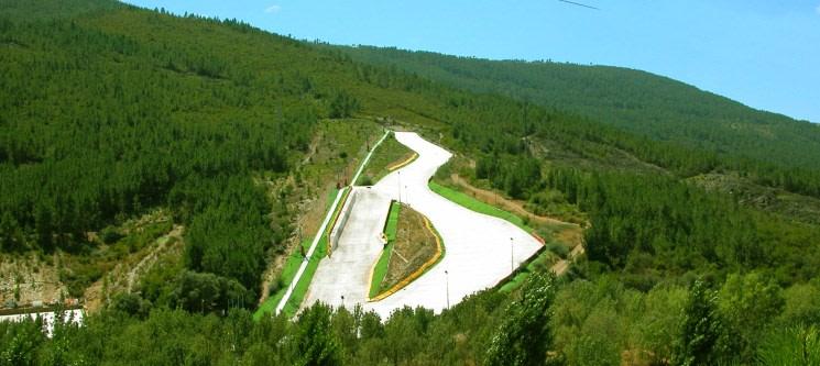 Para Dois: Aula de Ski ou Snowboard  - 1 Hora | Skiparque - Serra da Estrela