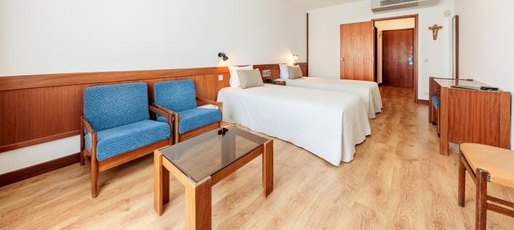Steyler Fátima Hotel Congress & Spa   1 ou 2 Noites de Charme c/ Opção Jantar!