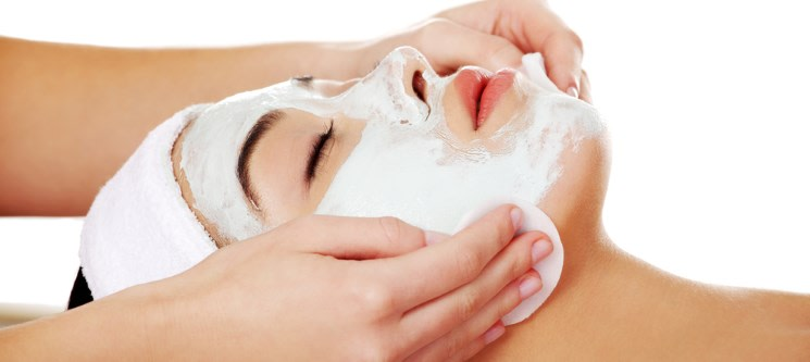 Limpeza Facial c/ Microdermoabrasão ou Endermolift & Massagem | 45 Min. | Gaia