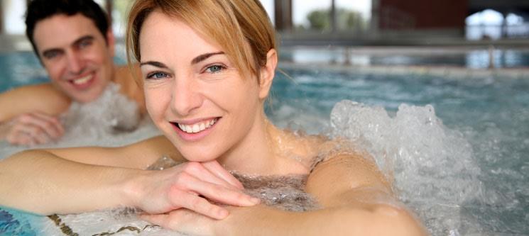 Talassoterapia em Piscina Água do Mar & Massagem a Dois | Costa de Caparica
