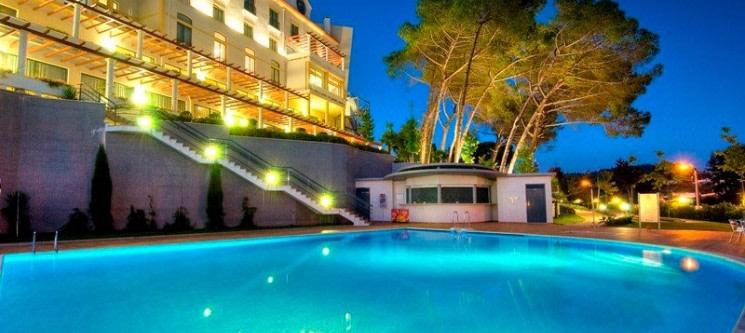 Tulip Inn Estarreja Hotel & SPA 4* - Aveiro | 1 ou 2 Noites & SPA c/ Opção de Jantar
