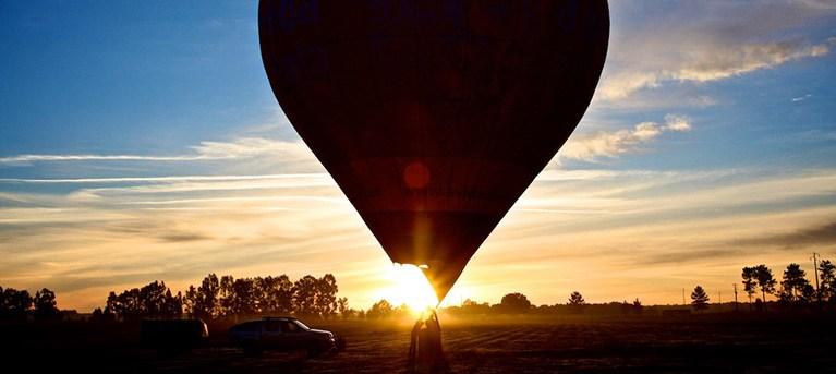 Voo em Balão de Ar Quente | 1h30 pelos Céus do Ribatejo | Windpassenger