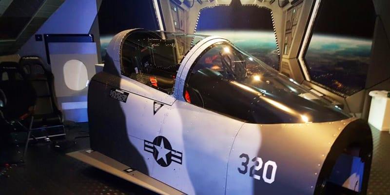 Venha Pilotar um F18 Hornet! Simulador de Voo em Caça Militar - 1h   AeroSim Experience - Algés