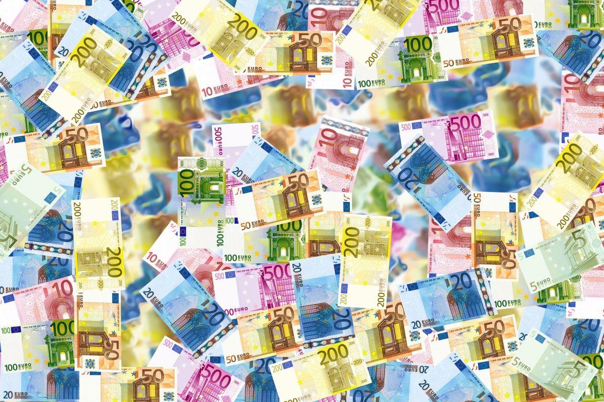 7 attitudes à ADOPTER pour devenir (ENFIN) riche