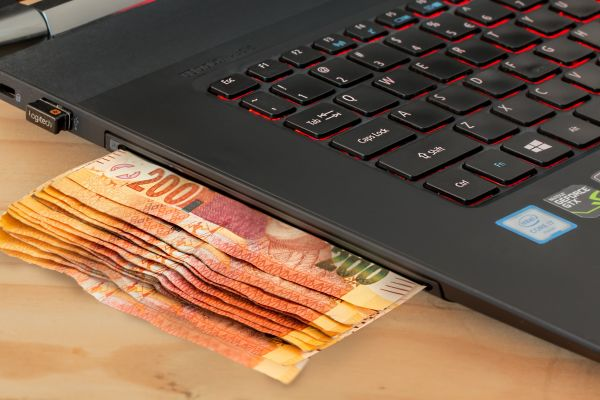 7 moyens SIMPLES de GAGNER SA VIE en ligne