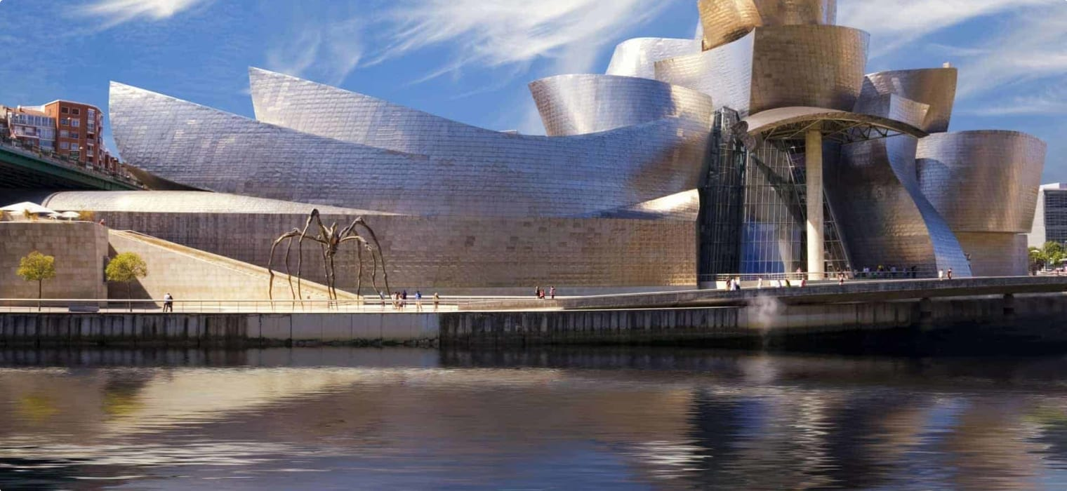 Guggenheim Museum Frank Gehry, Bilbao Spain