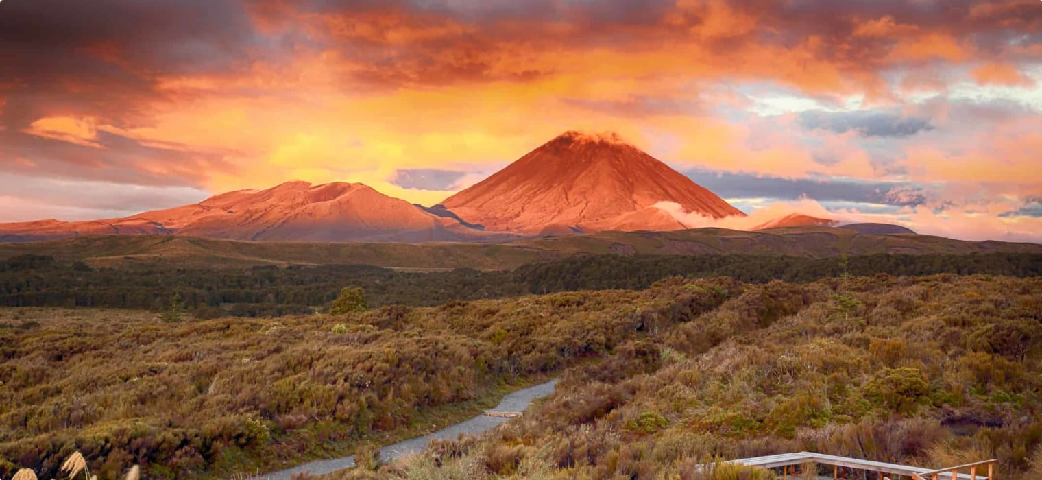 Sunset at Mt.Ngauruho, New Zealand Walking tour