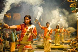Puja ritual for praising the god of Ganga, Varanasi, India