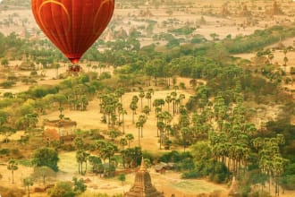 Morning ballon ride over the Pagodas, Myanmar