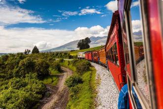 Ecuadorian railroad Ecuadorian railroad crossing the Sierra region