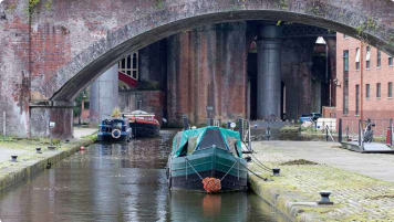 Manchester canals boats