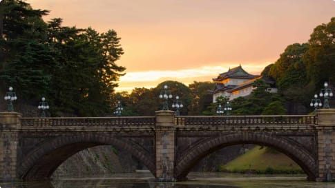 Nijubashi over the Nijubahi-bori at sunset, Kokyogaien National Gardens , Imperial Palace Tokyo