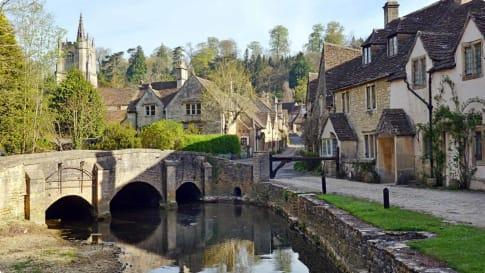 England village tour