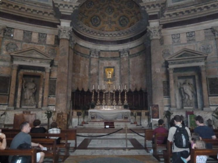 Discover Rome | Cultural and History Small Group Tour for Seniors itinerary