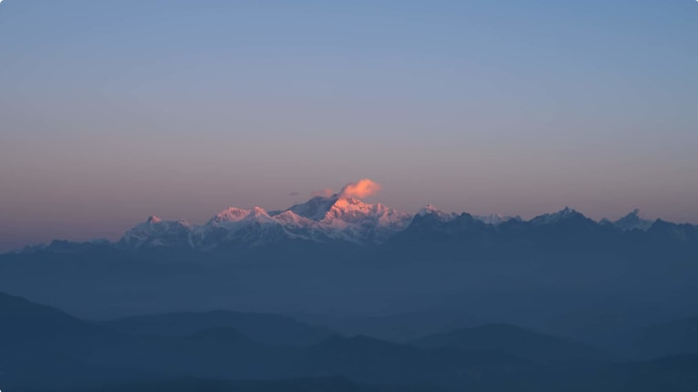 Sunrise at Mt Kanchenjunga, viewed from Tiger Hill