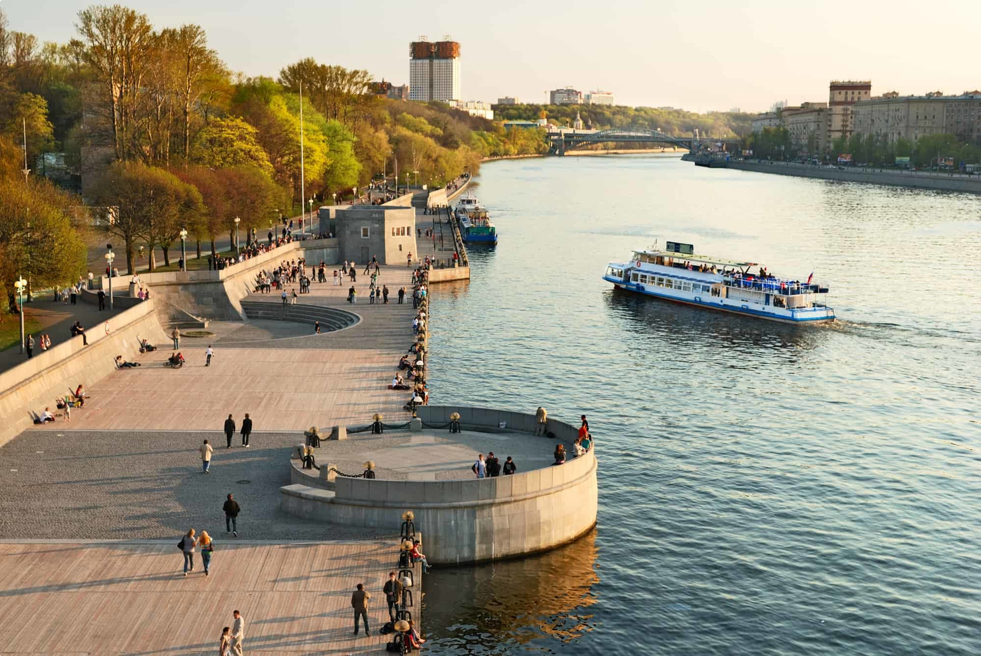 Moscow River embankment in Gorky Park