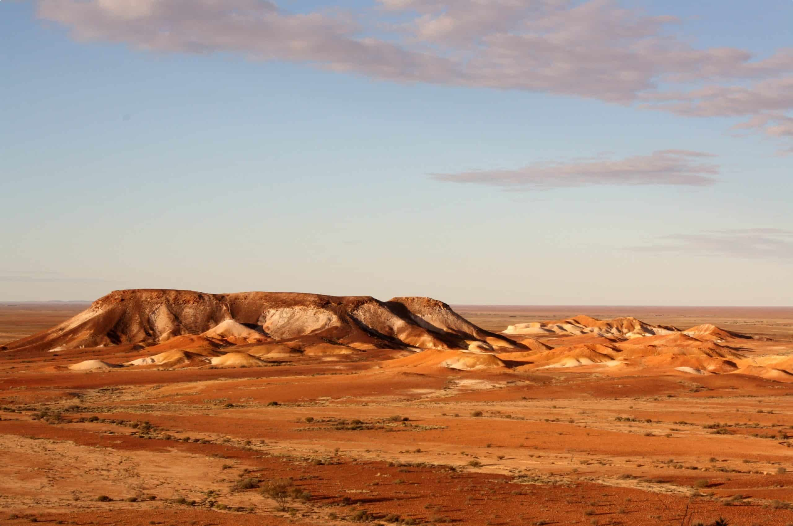 The Breakaways, situated near Coober Pedy